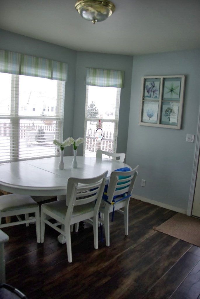 dinning room with big window