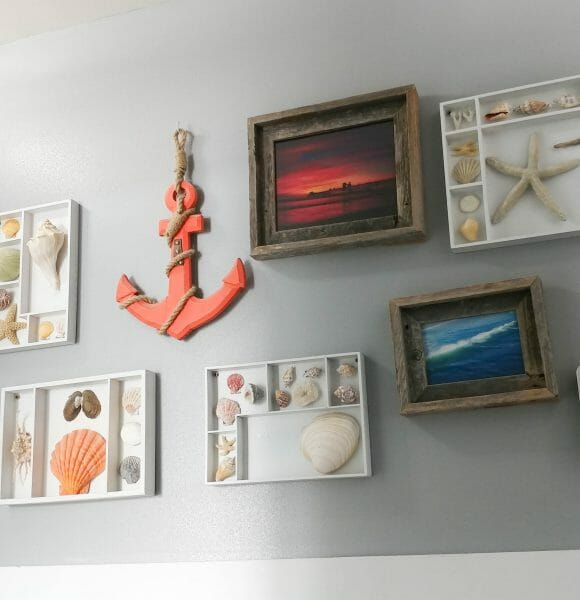 DIY coastal gallery wall, easy and low cost upcycle