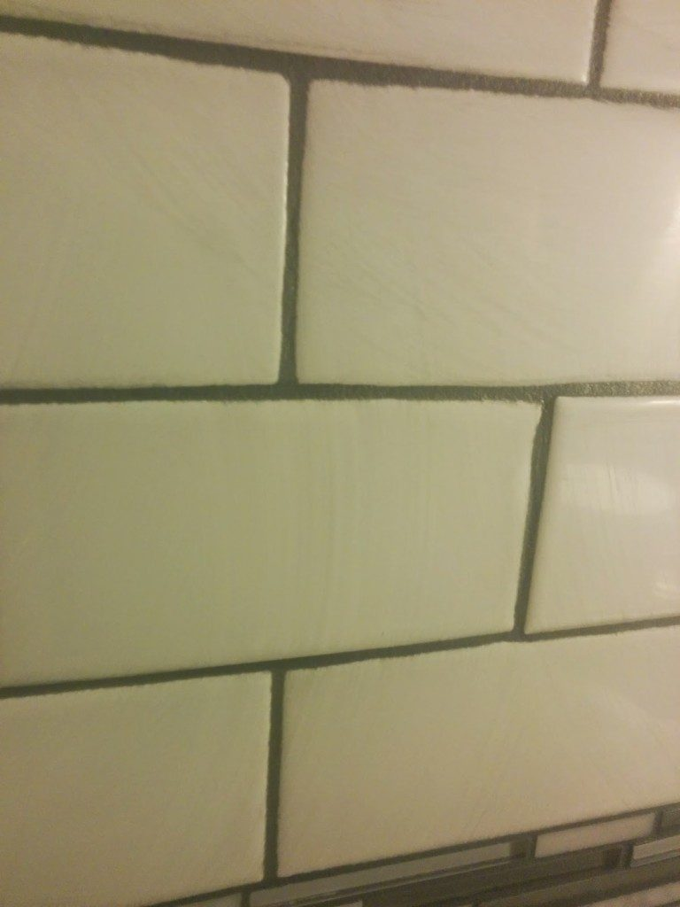 how to tile a wall