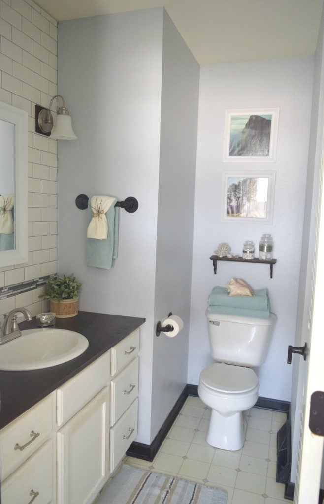 how to update builders grade bathroom