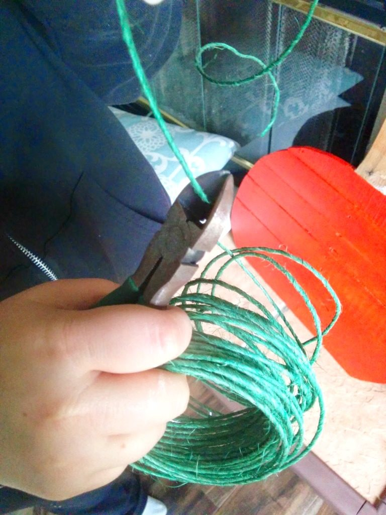 adding-green-string