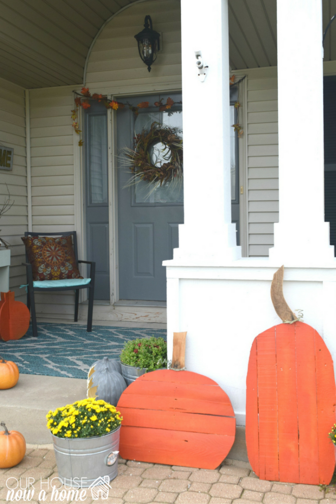 front-porch-diy-pumpkin-project