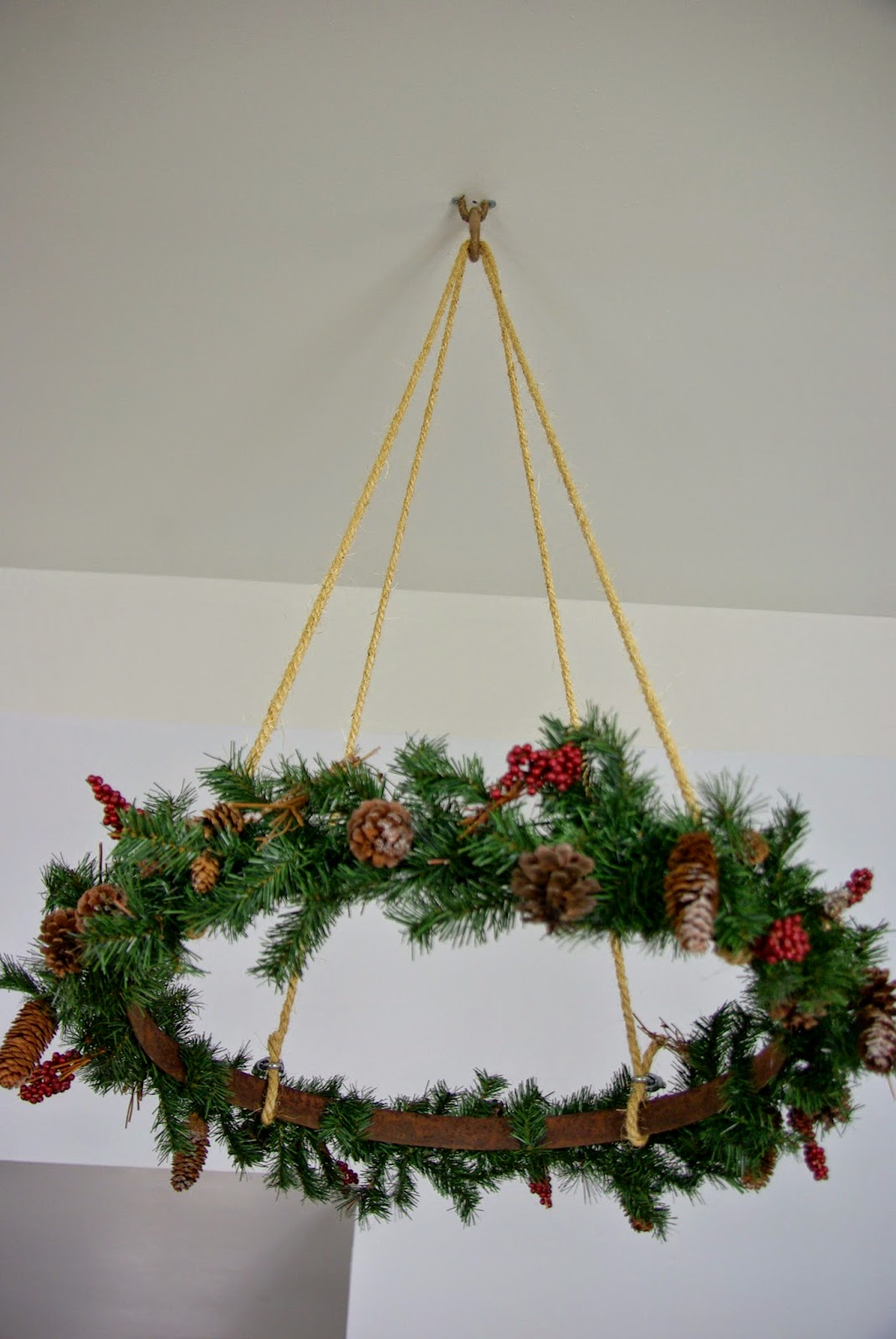 Hanging Christmas Decorations Diy.Ceiling Hanging Christmas Wreath Our House Now A Home