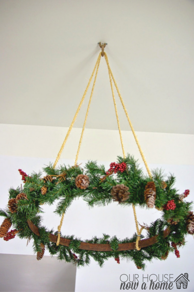 christmas-hanging-wreath