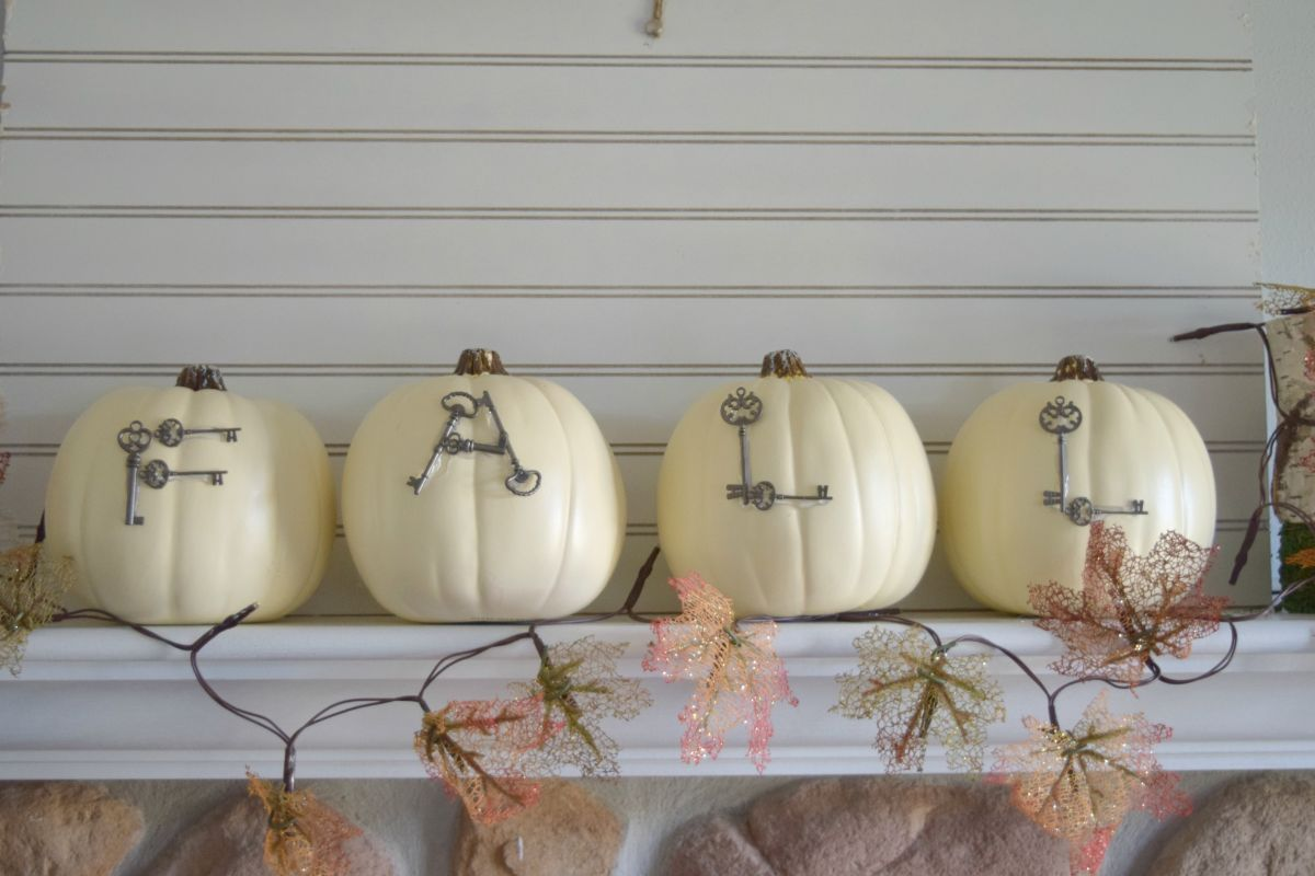 Fall pumpkins- Homedit contributing article
