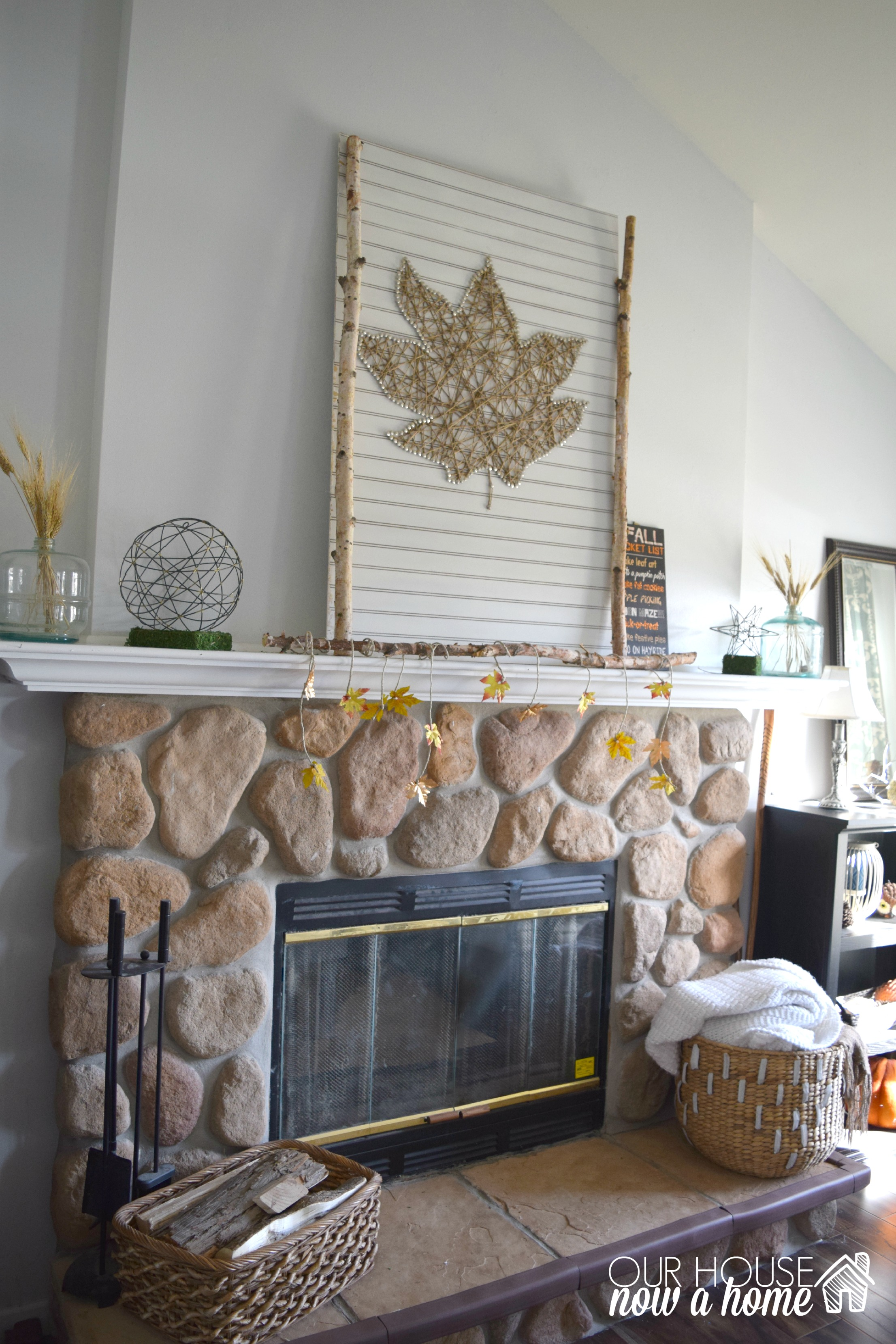 simple fall mantel with wm