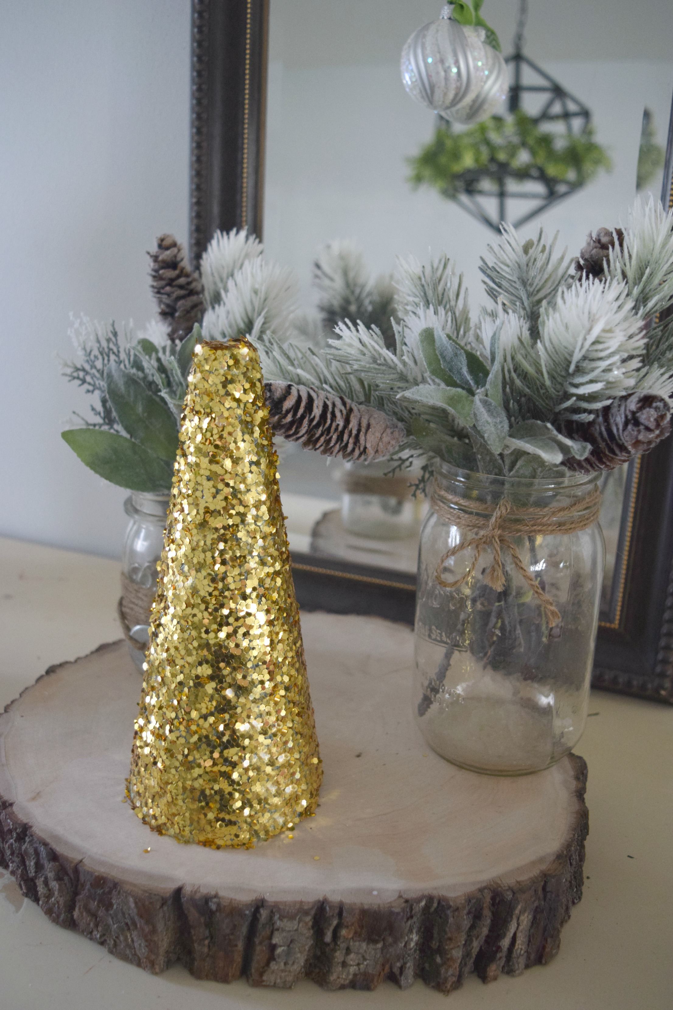 DIY glitter form Christmas tree