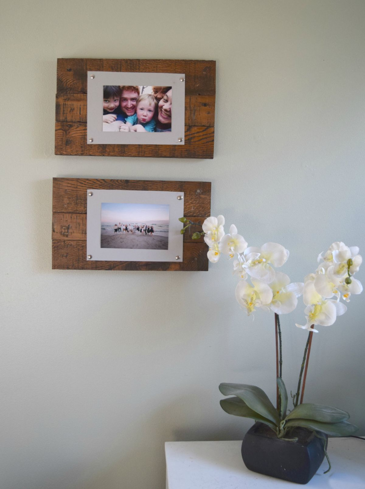 Wall-art-picture-frame-from-scrap-wood