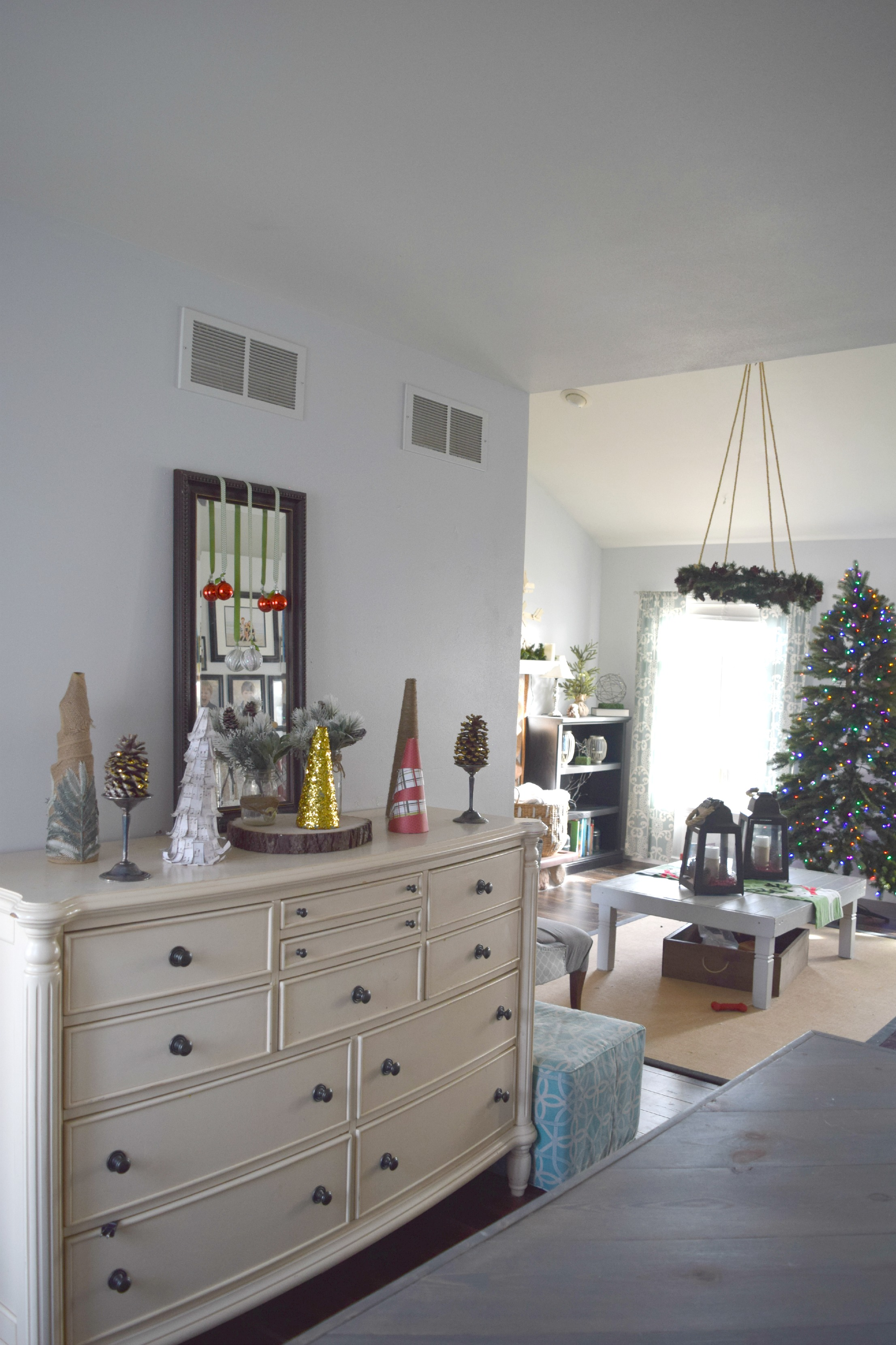 christmas ddining room