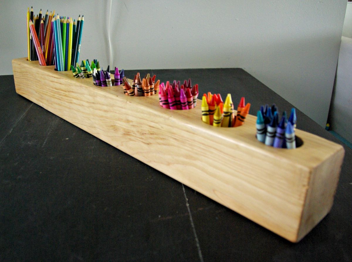 DIY-rustic-modern-art-supply-holder