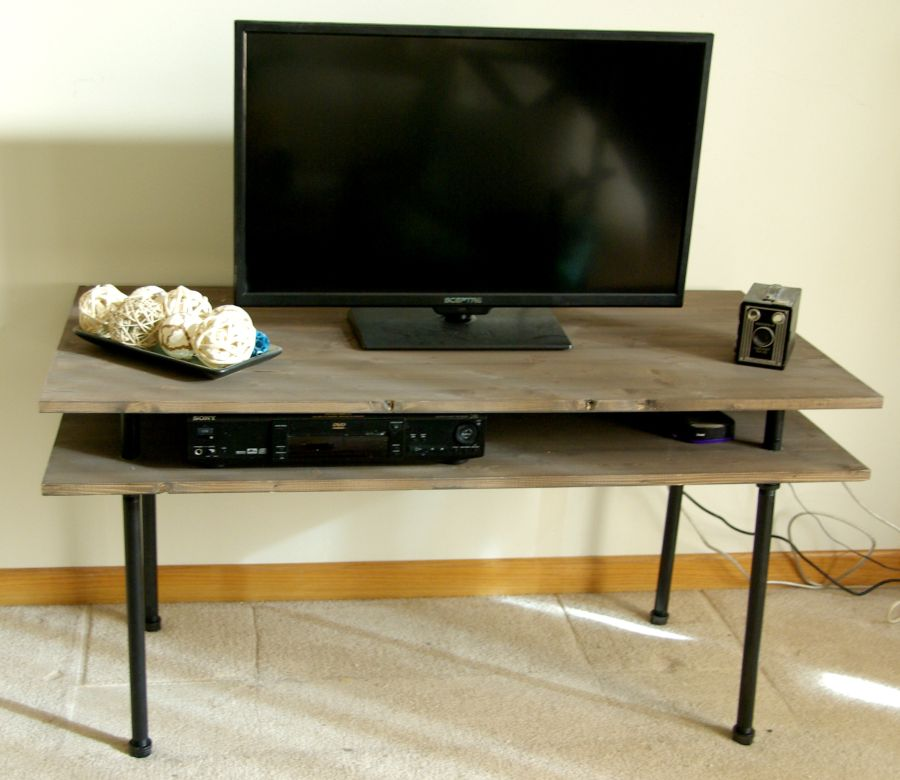 DIY-TV-stand-from-galvanized-pipes