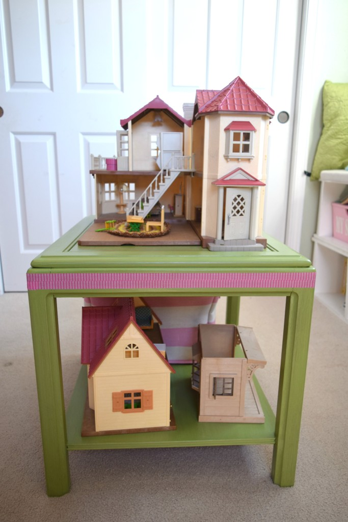 dollhouse table