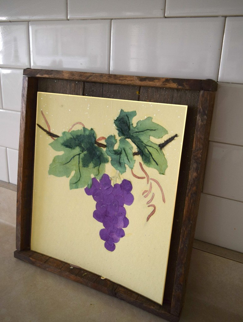 grape art in kitchen