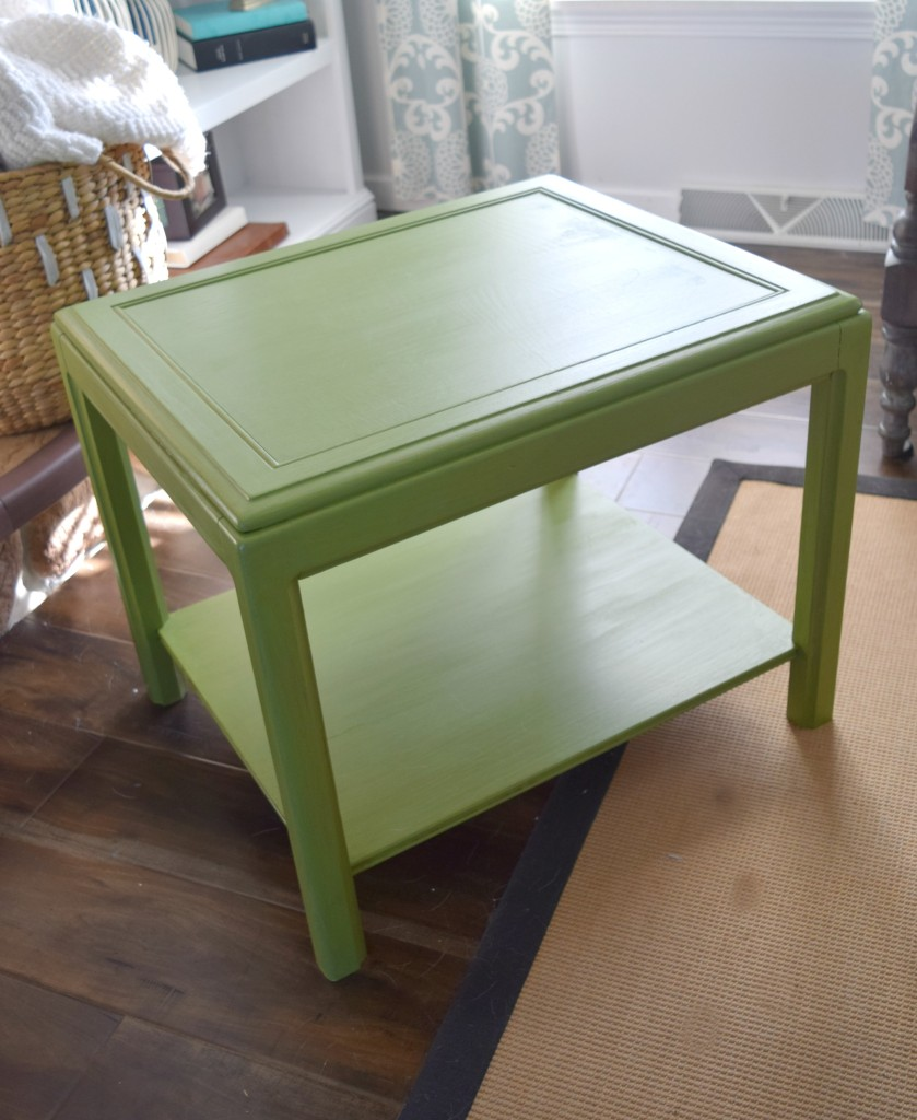 green table no details