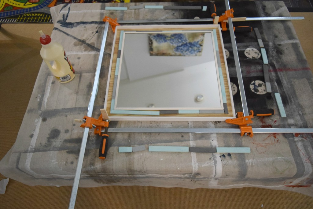 using clamps for mirror frame