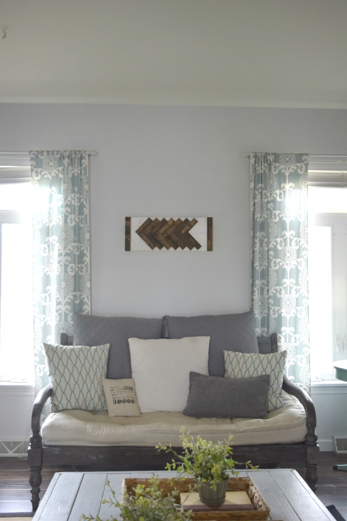 sitting room in home