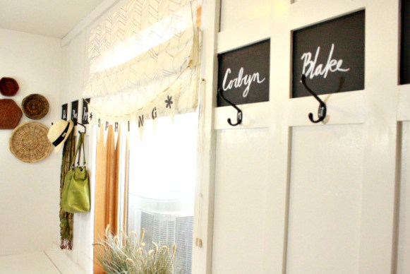 spring-mudroom-decor5