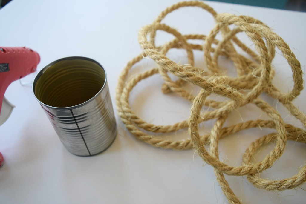 rope and tin can craft
