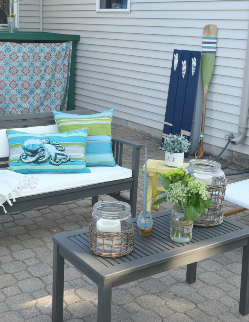 bright outdoor decor