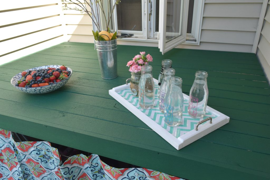 outdoor drink table
