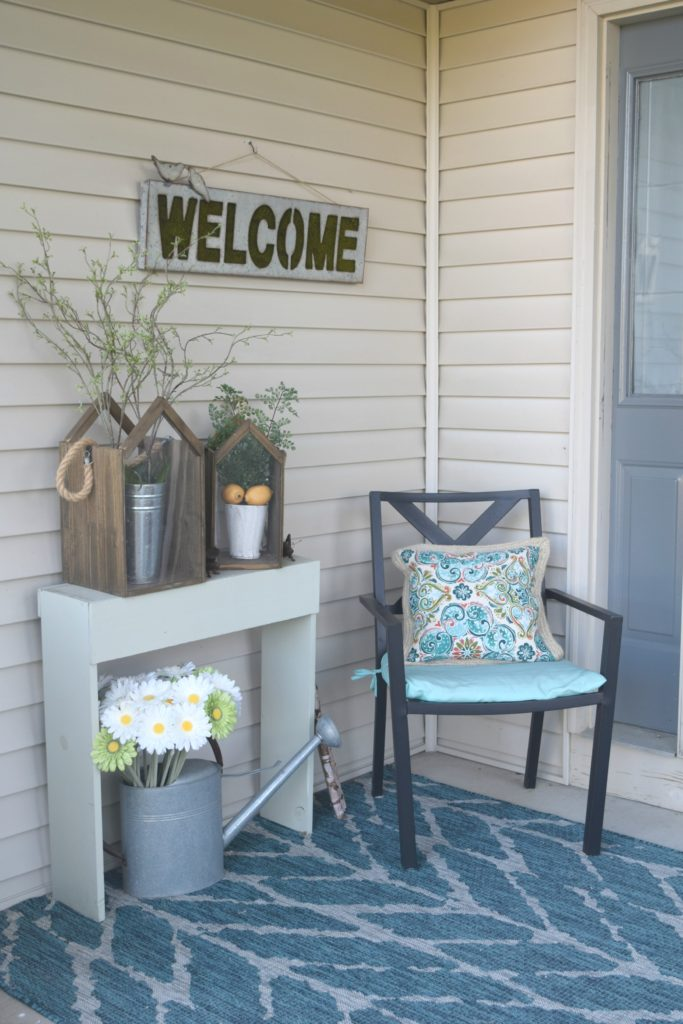 how to decorate front porch