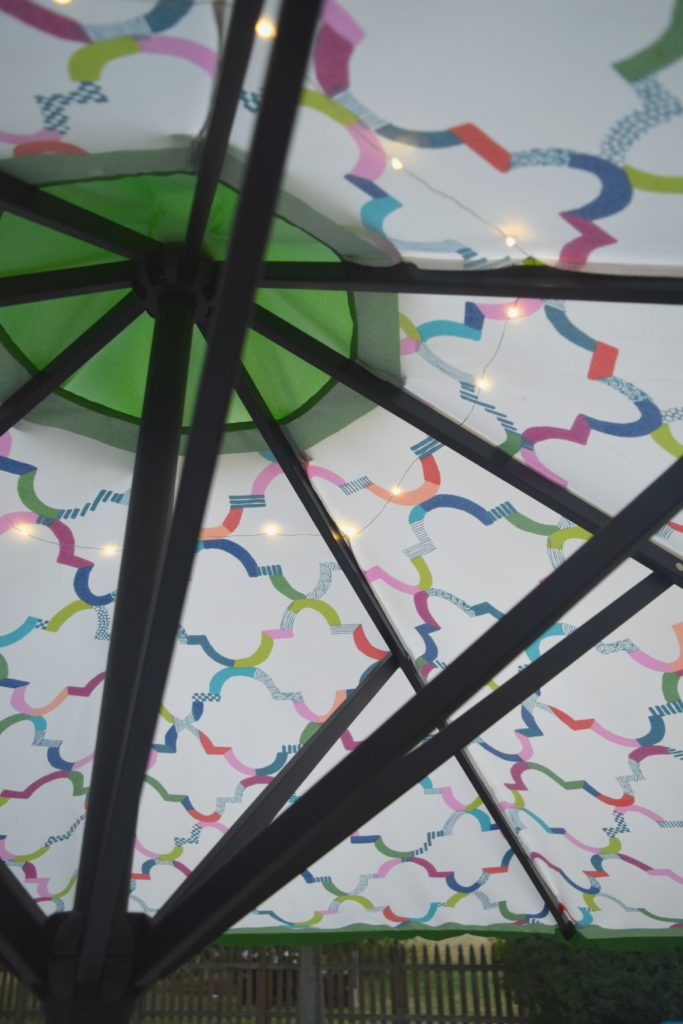 lights on table umbrella