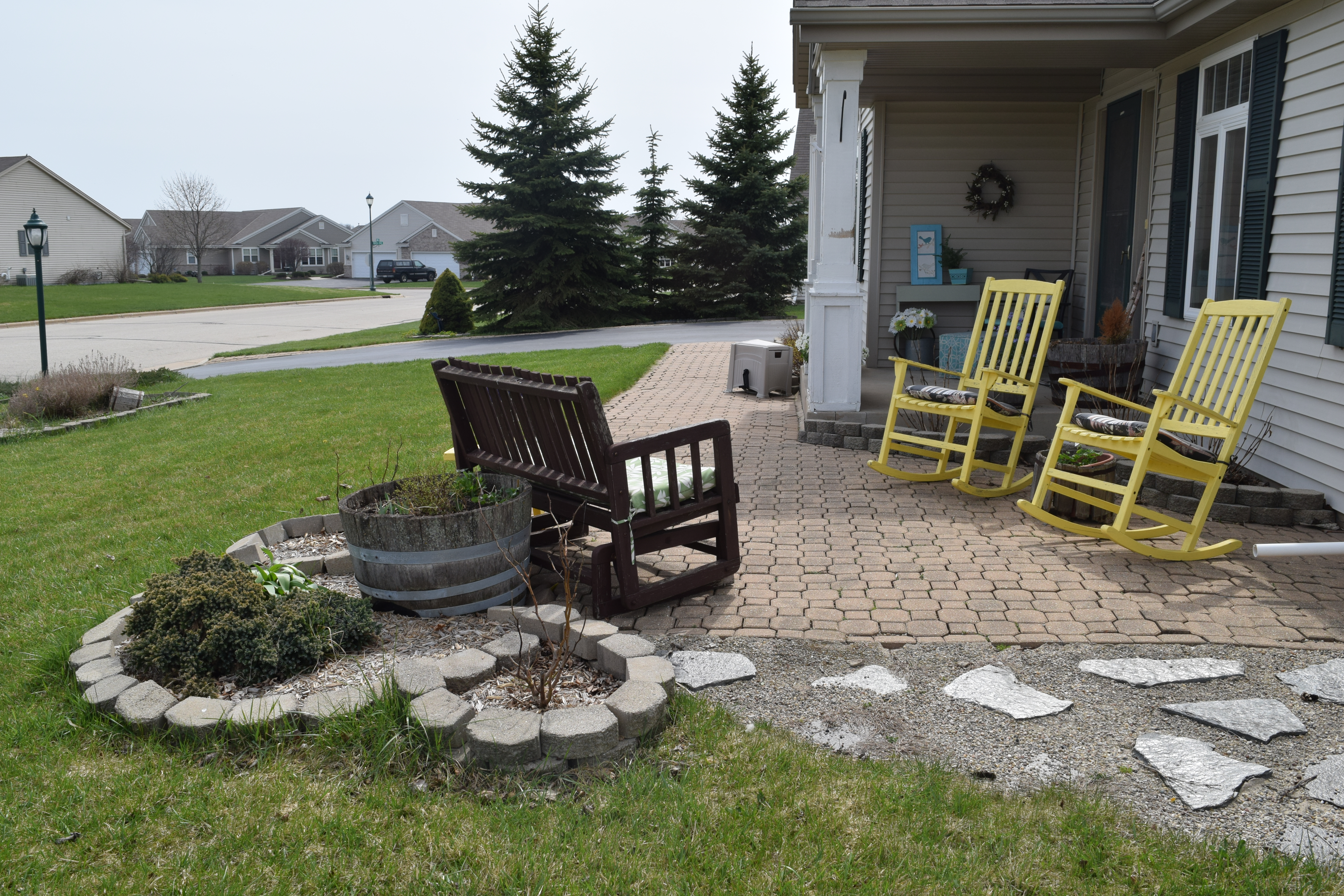 the easiest way to paint outdoor furniture how to use a paint