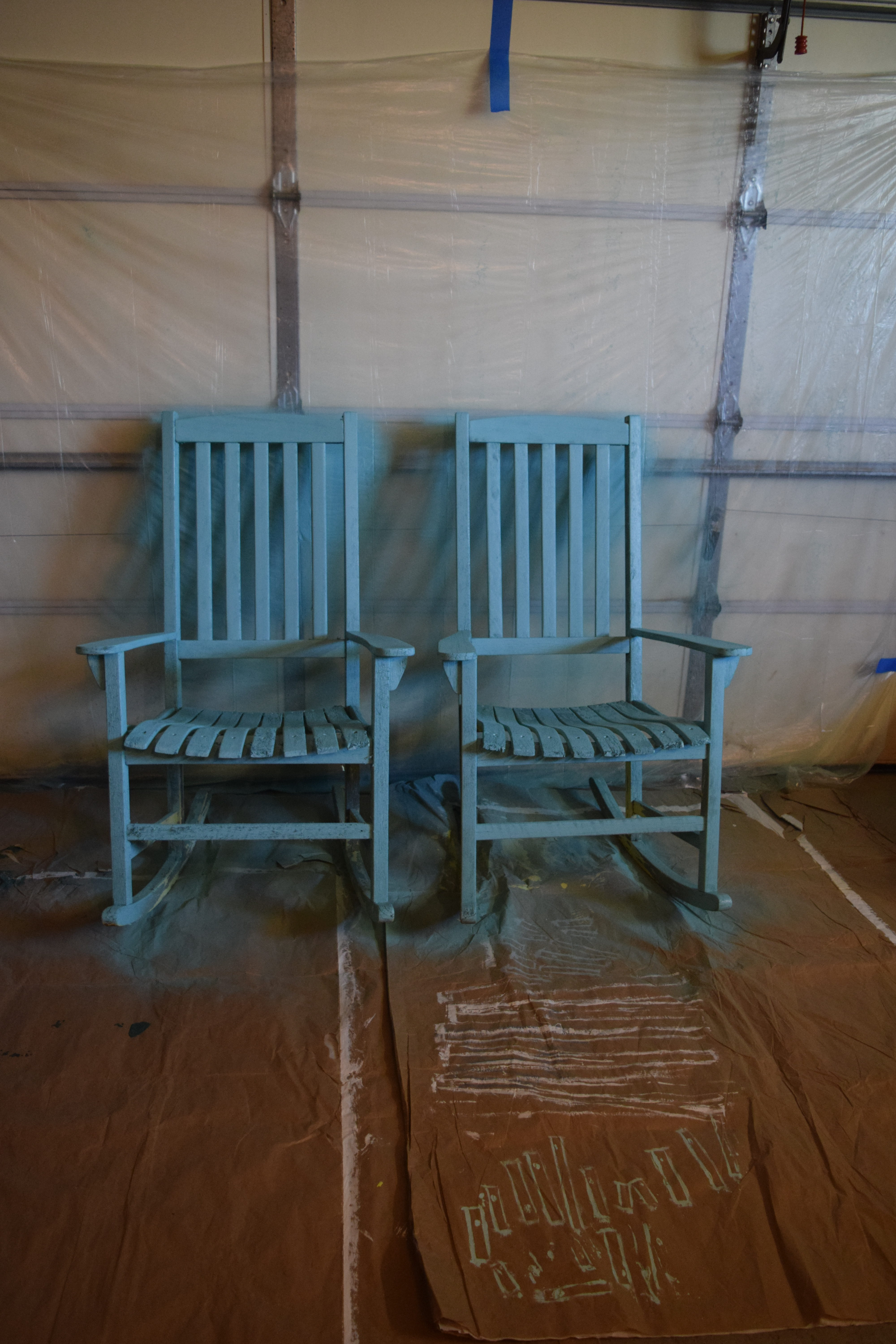 The easiest way to paint outdoor furniture: how to use a paint ...