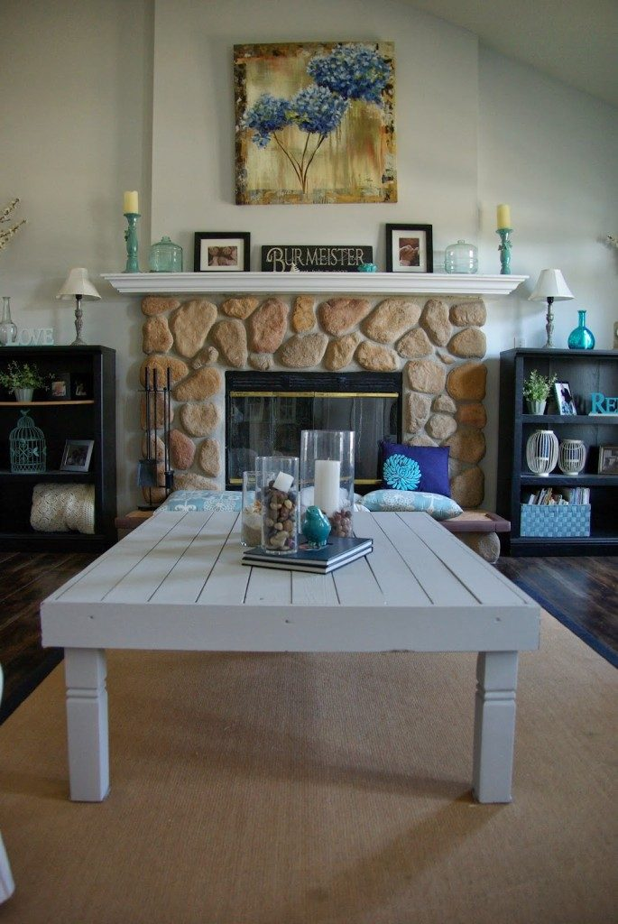 DIY-wood-plank-coffee-table-upcycle