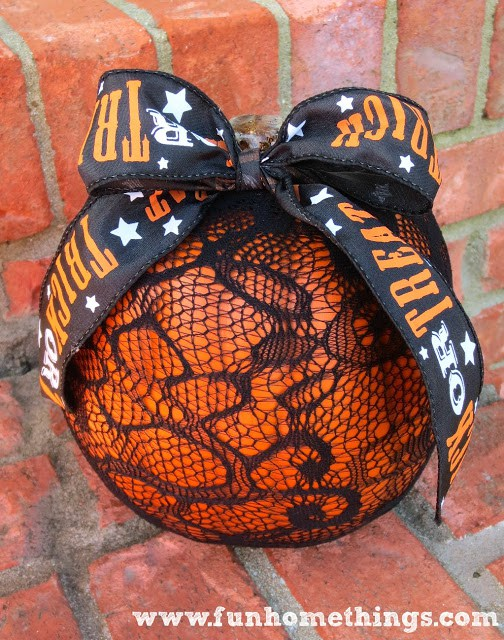DIY lace pumpkin