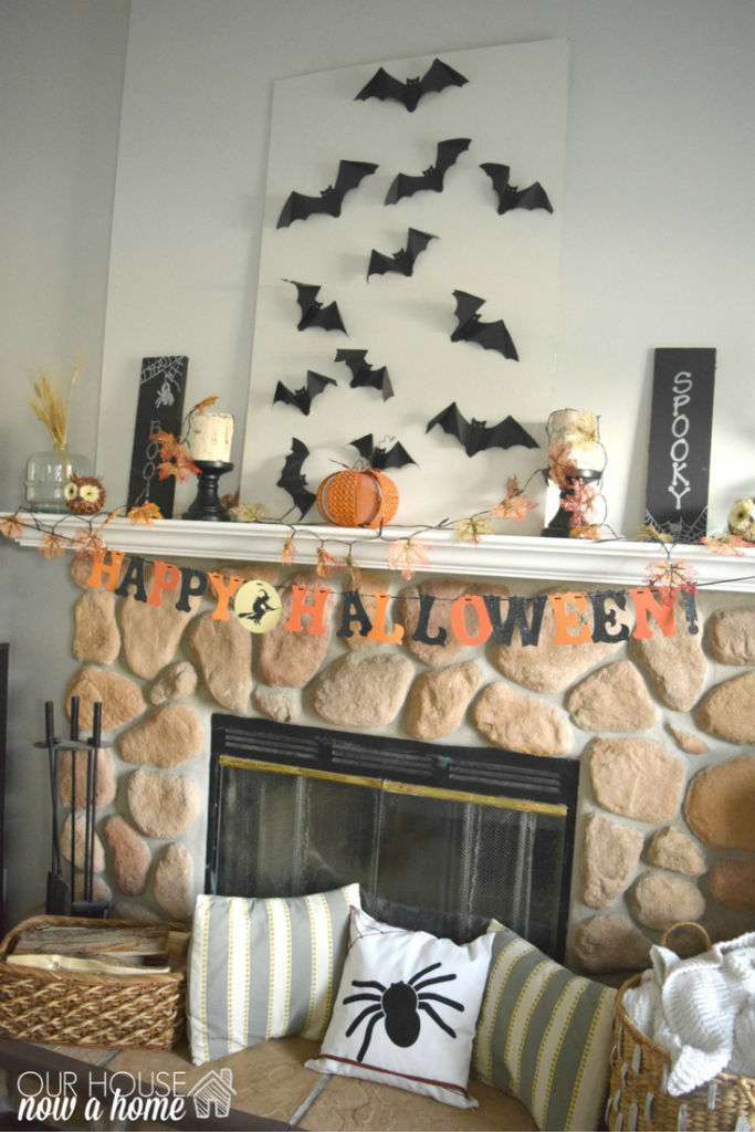 halloween-fireplace-mantel-decor