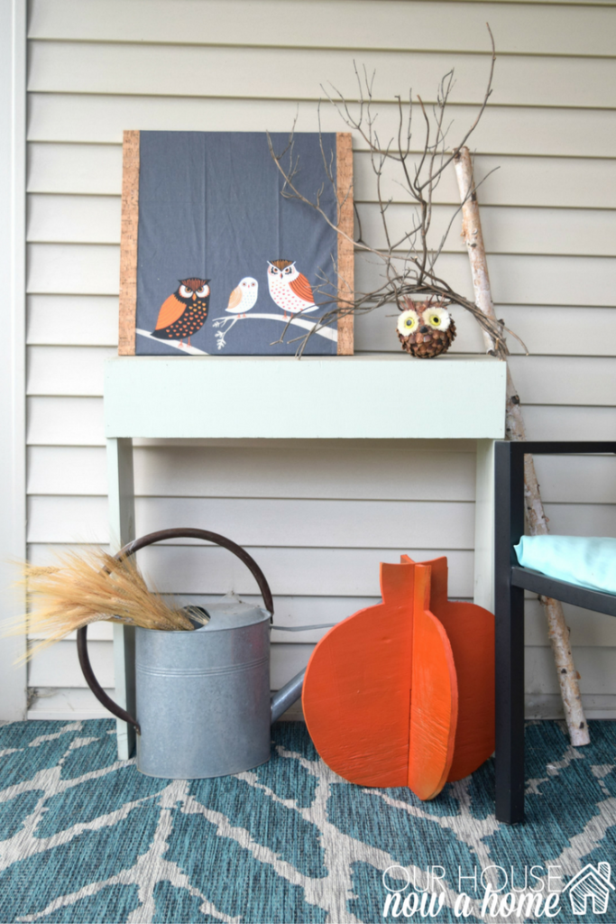 cozy outdoor fall decor