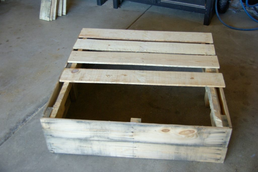 adding-bottom-to-wood-pallet-box