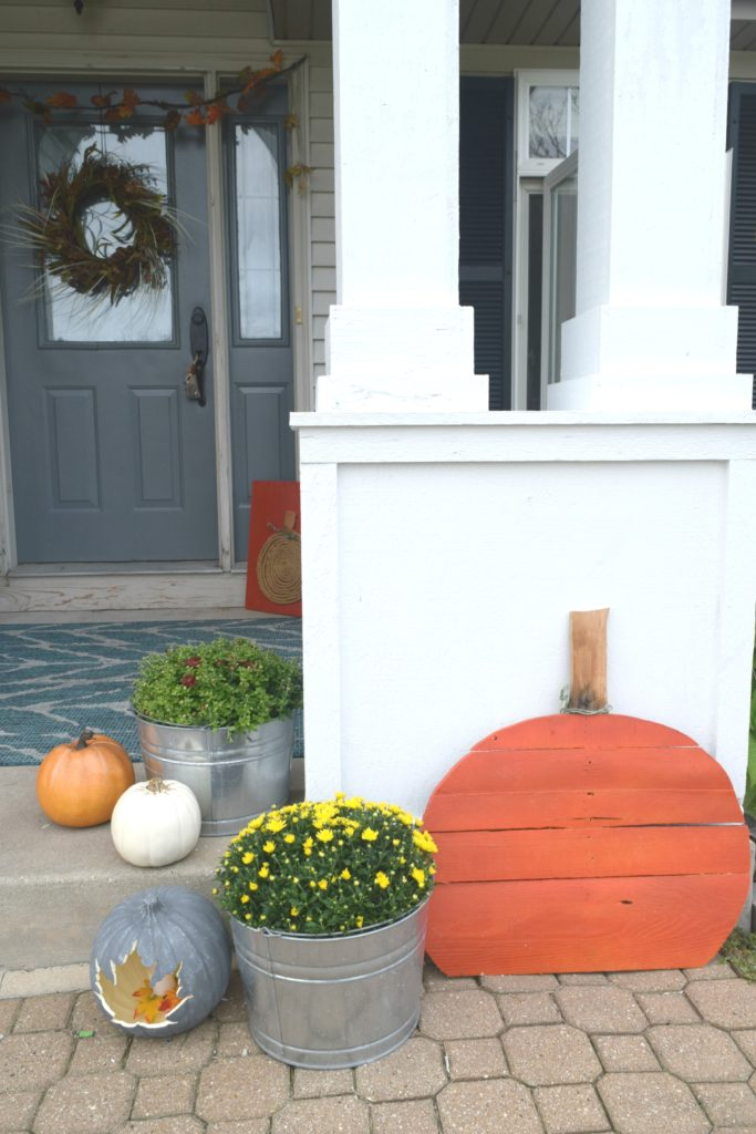 wood pallet pumpkin tutorial