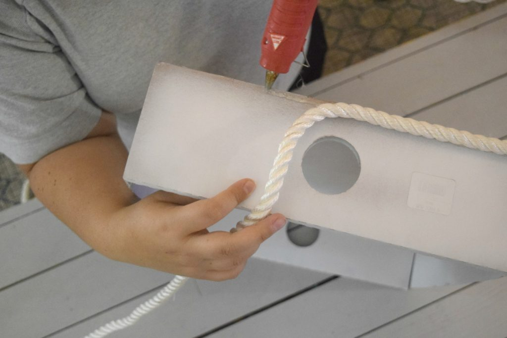 hot glue gun craft