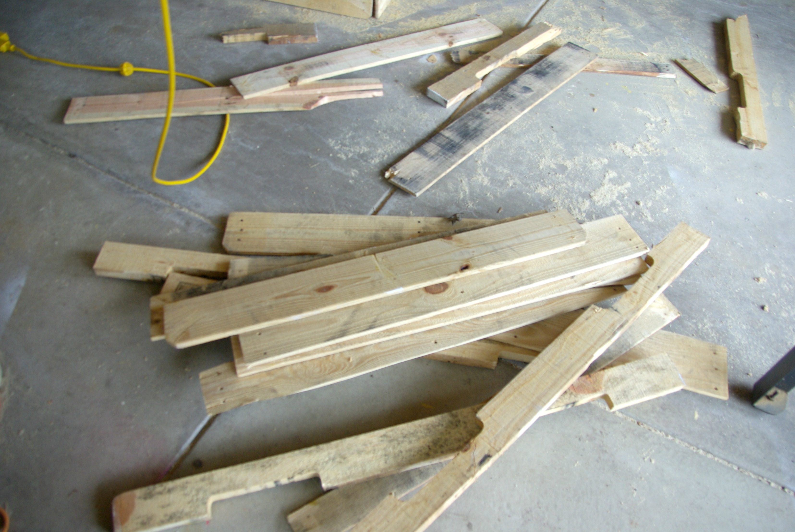 How To Take Apart A Wood Pallet Our House Now A Home