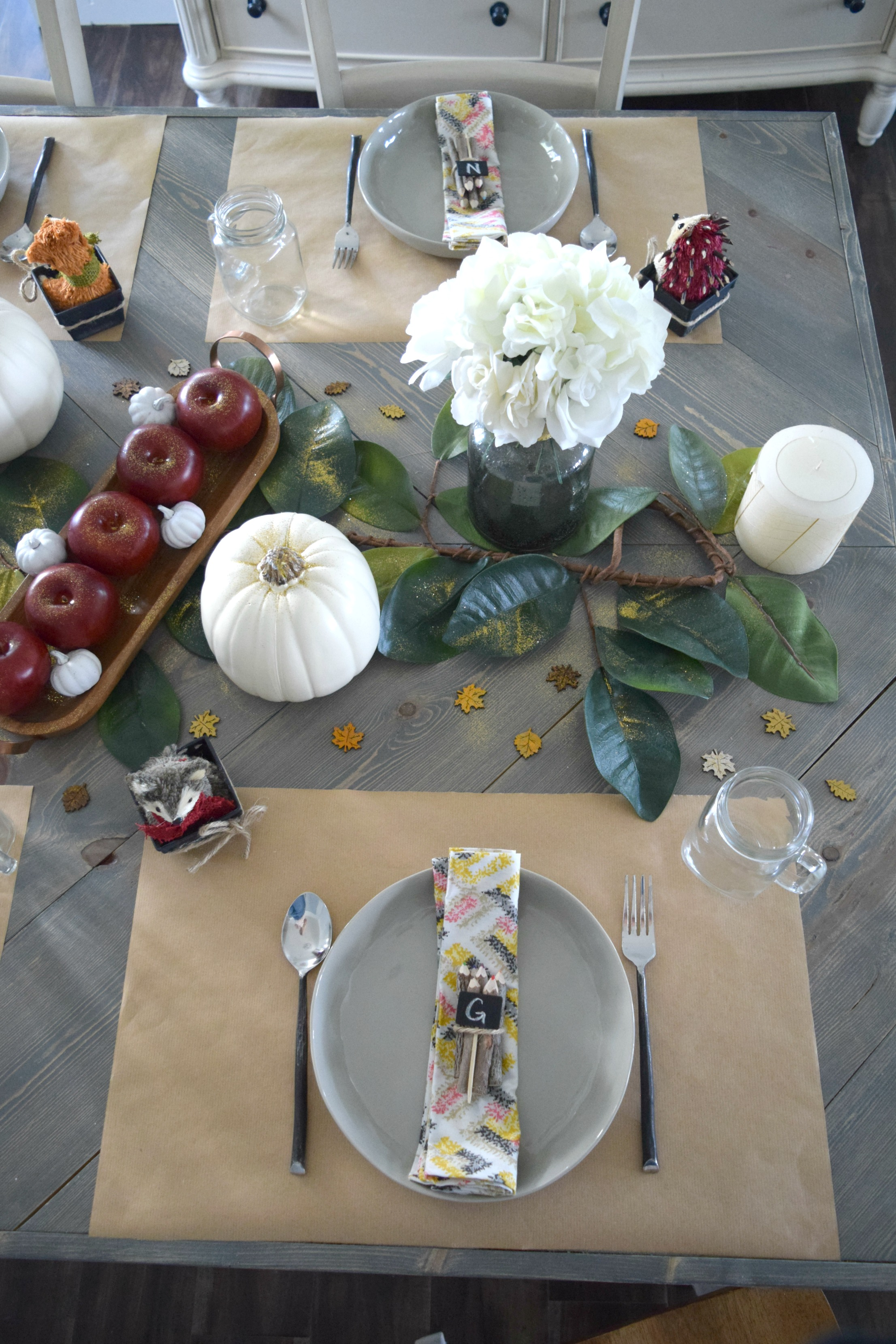 kid tablescape