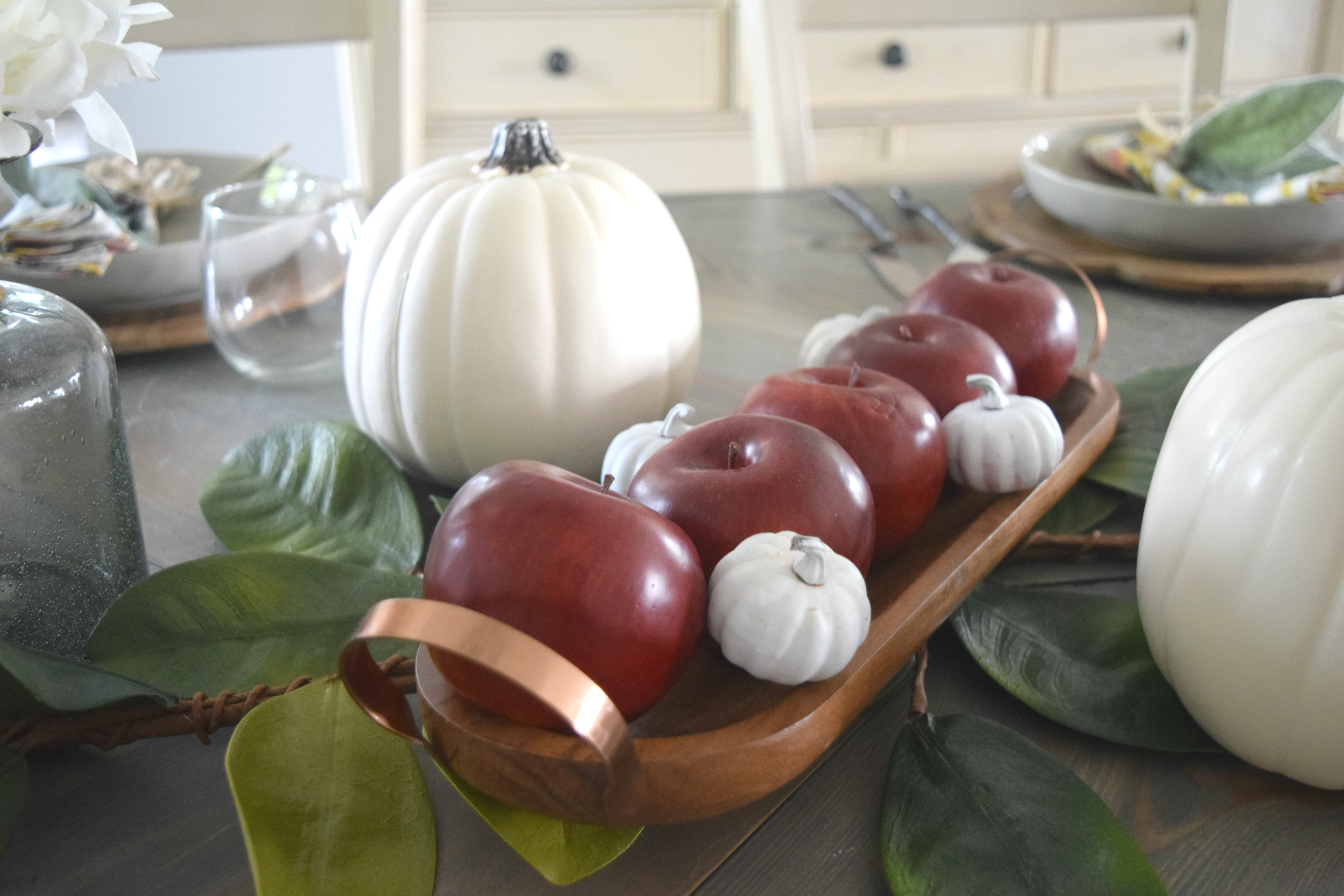 sneack peek to fall table decor
