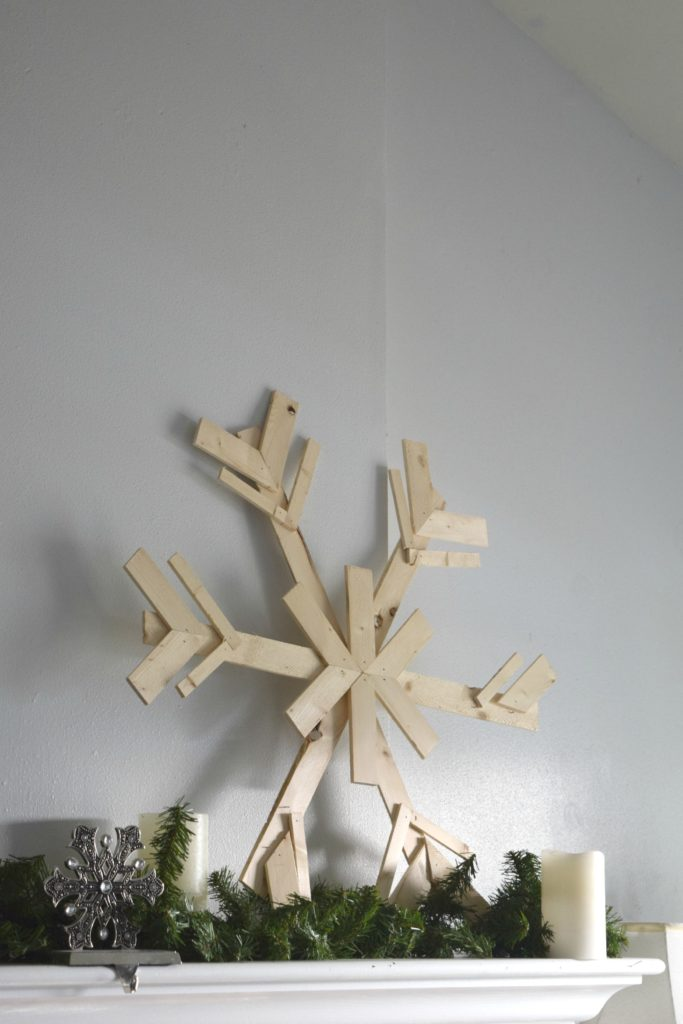 diy-wood-snowflakes