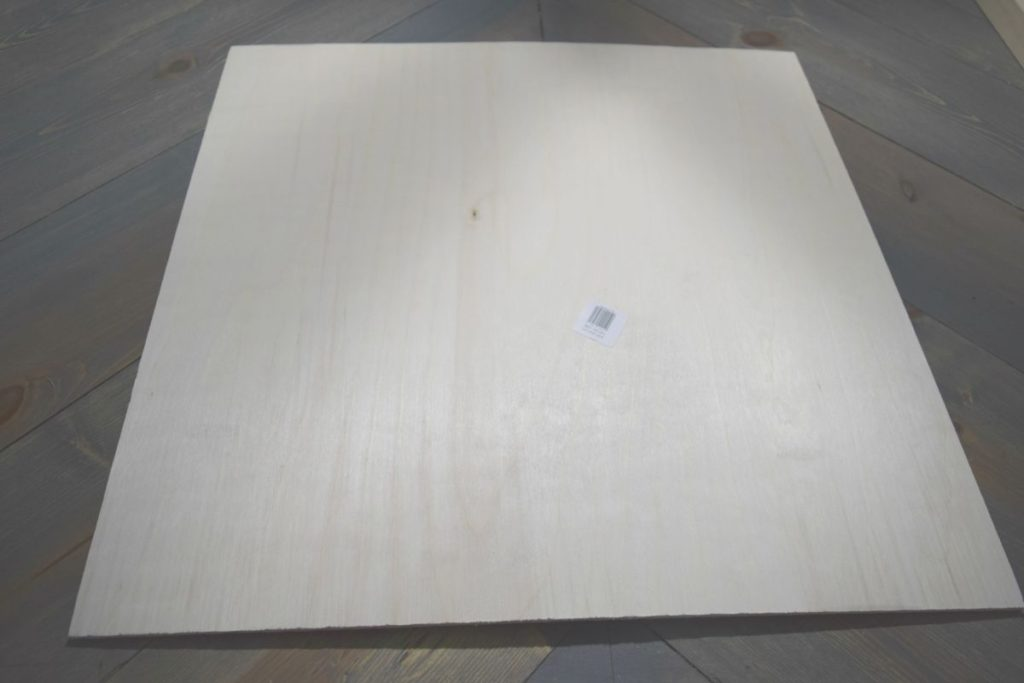 square-plywood-pieces