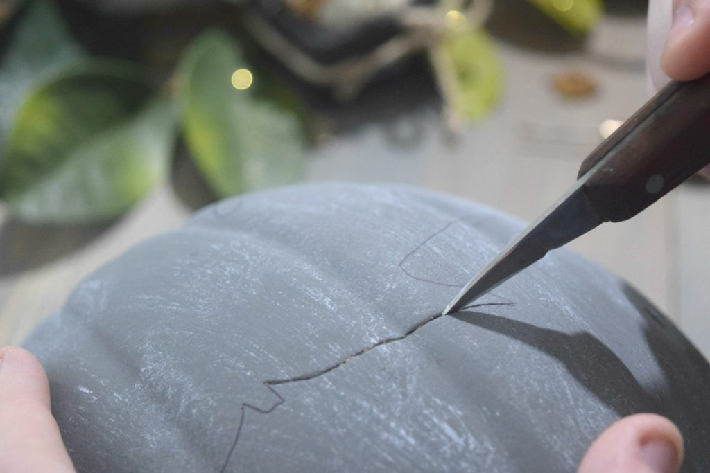 how to cut craft pumpkins