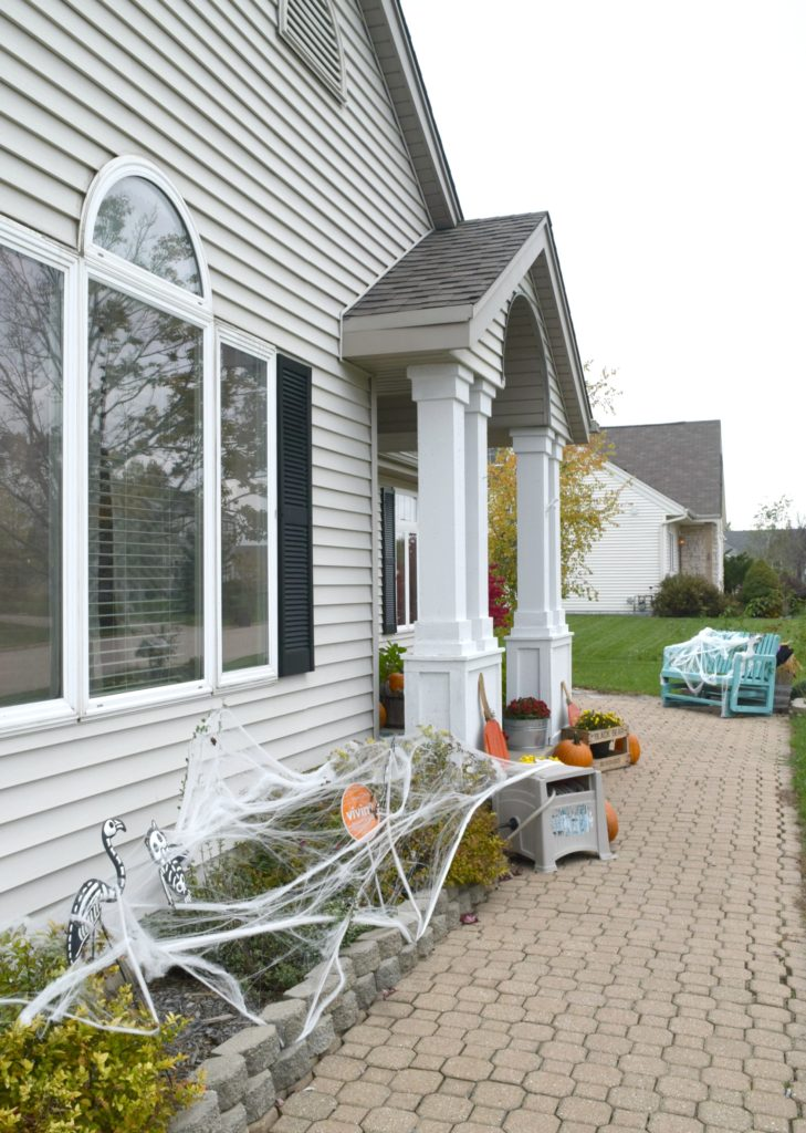 walkway-decorations-for-halloween