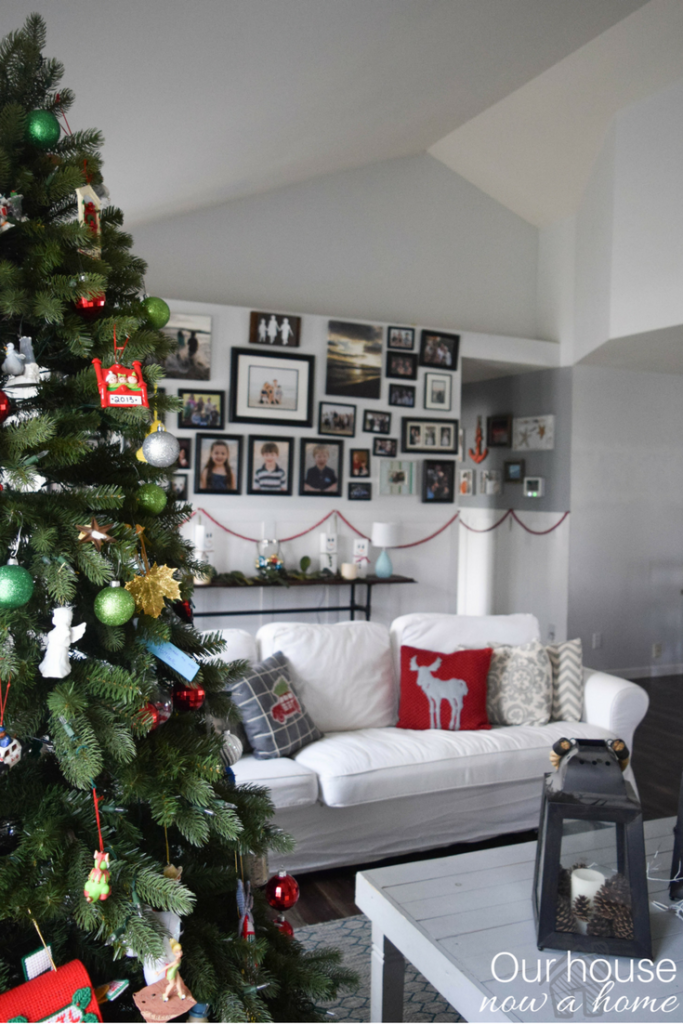 Light and bright Christmas decorating ideas