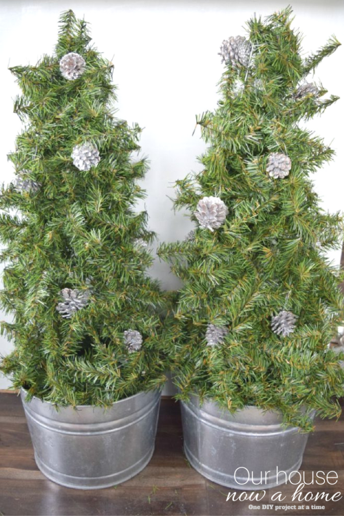 DIY Christmas tree topiary using simple items