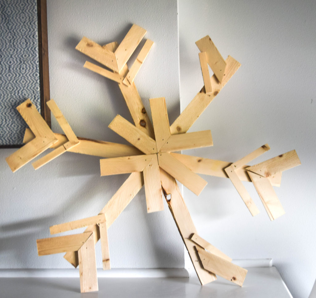 diy-wood-snowflake_