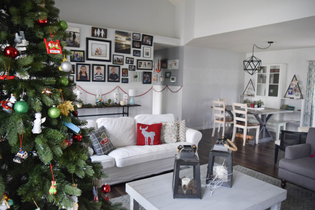 home-decorated-for-christmas_