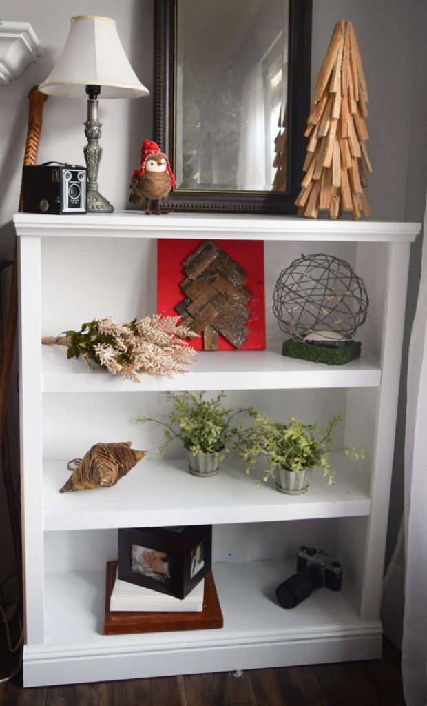 bookcase-christmas-decorating-ideas_