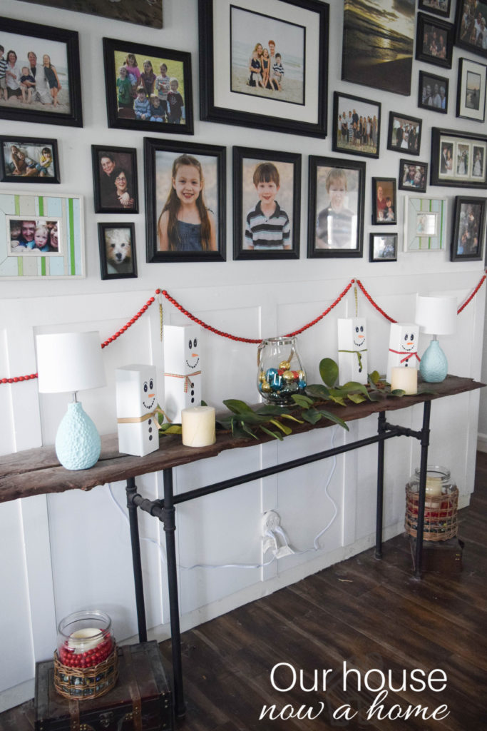 simple-table-decorations-for-christmas_