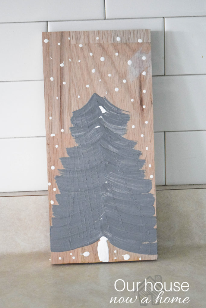 simple-painted-christmas-tree