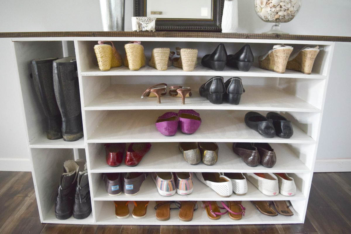 How To Make A DIY Shoe Organizer And Rack For The Closet